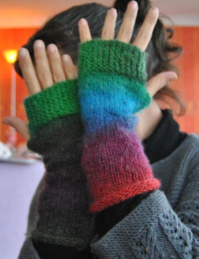 Camp Out Fingerless Mitts Ravelry defi 13 feu d'artifice